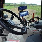 L'intérieur d'un tracteur high tech