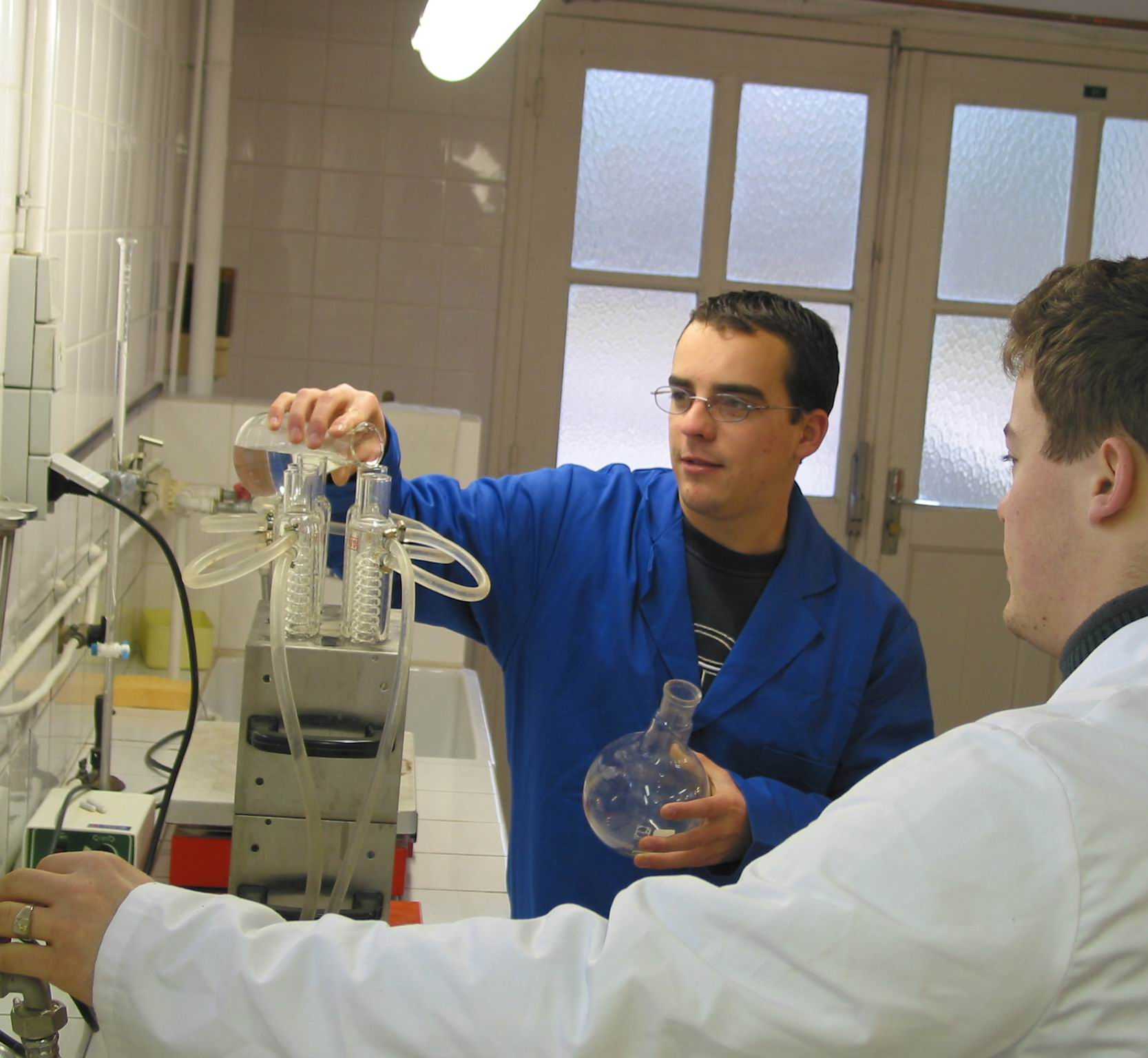 jeunes analyse Laboratoire