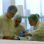 Jeunes dans Laboratoire