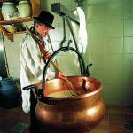 Gestes d'affineur fromage cuve musée