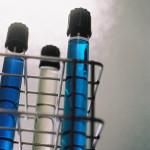 Technicien-de-Laboratoire recherche tubes a essais