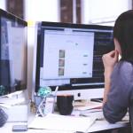 ordinateurs femme papier informatique