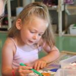 musée atelier enfant dessin stylo