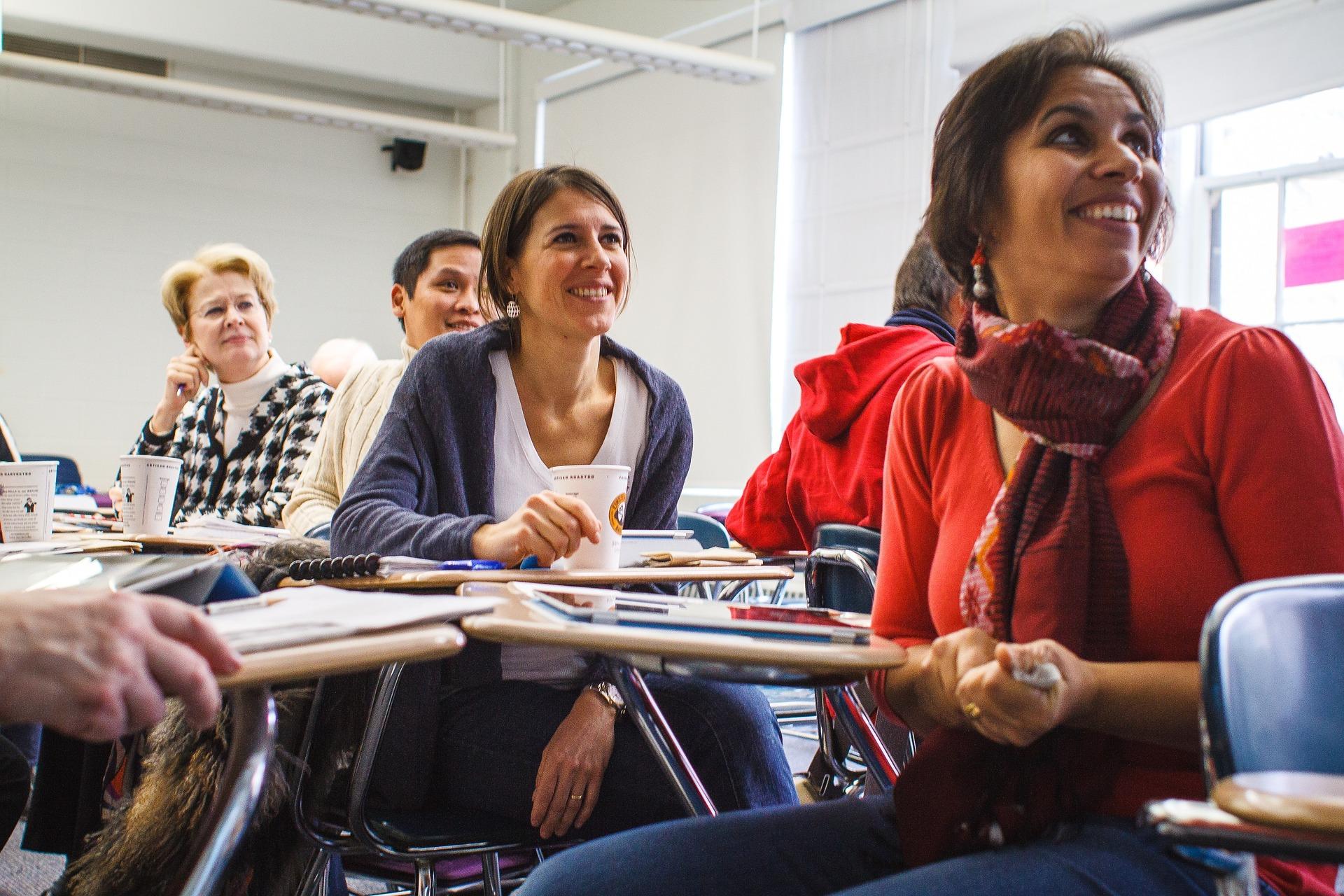 étudiants en salle faculté formation