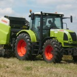 Tracteur moisson Ferme du Semnon