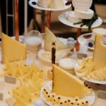 Concours Lyre d'Or, présentation de fromages, triangle cantal